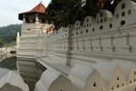 Стена храма